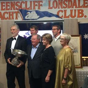 Champion Boomaroo crew and Mayor Merriman plus the aggregate trophy.